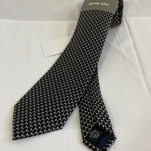 Michael Kors Black and Gray Star Detail Silk Tie